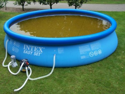Green water or brown water in your pool or spa algae or Is it safe to swim in a pool with algae